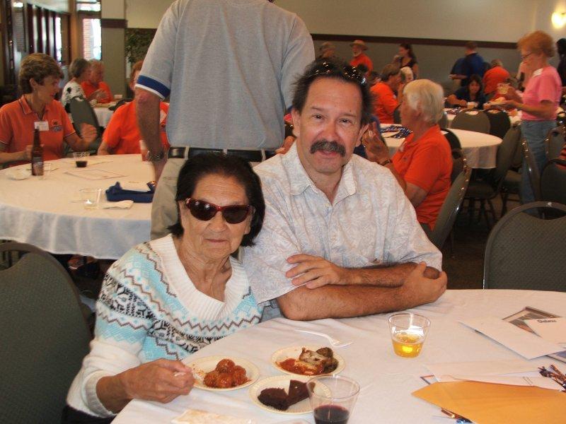 Members Barbara and David Reis